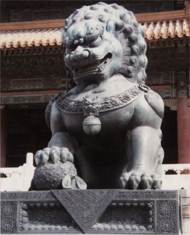 Chinese guardian lions temple roman